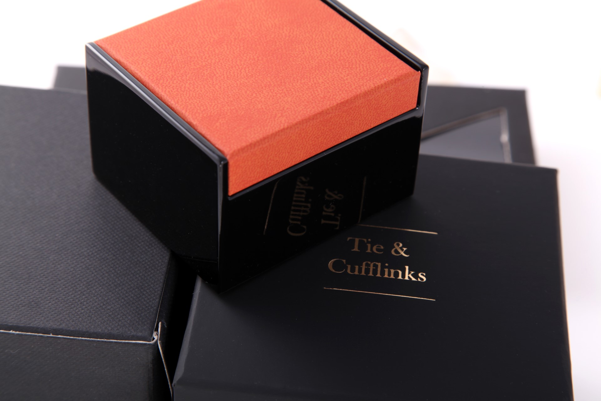 Fox & Chave Cufflinks and Tie Packaging